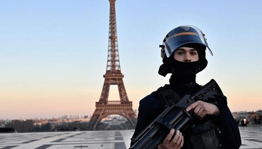 french police lockdown